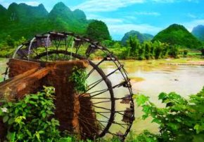 Water Wheels For Irrigation As This One In Vietnam - iStockPhoto